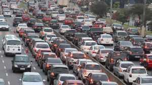 Conheça os 10 carros mais roubados no Brasil em 2020.